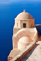 oia ( Ia )  Santorini orthodox churches - Greek Cyclades islands - Photos, pictures and images