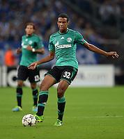 FUSSBALL   CHAMPIONS LEAGUE   SAISON 2013/2014   PLAY-OFF FC Schalke 04 - Paok Saloniki        21.08.2013 Joel Matip (FC Schalke 04) am Ball
