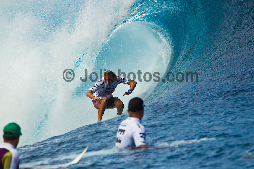 "TEAHUPO'O, Taiarapu/French Polynesia (Monday, August 29, 2011) - Kelly Slater (USA), 39, reigning 10-time ASP World Champion, has claimed the Billabong Pro Tahiti presented by Air Tahiti Nui over Owen Wright (AUS), 21, in clean four-to-six foot (1.5 - 2 metre) waves at Teahupo'o.. Event No. 5 of 11 on the 2011 ASP World Title season, the Billabong Pro Tahiti culminated a historic incarnation of the event today, with the world's best surfers pushing the performance envelope in incredible conditions..       .     Slater began to really pick up steam in today's conditions, dispatching of an in-form Josh Kerr (AUS), 27, in the Semifinals before meeting lethal goofy-footer Wright in the Finals. The iconic American utilized his superior backhand tube-riding technique to post an 18.43 heat total out of a possible 20, which would prove too much for his younger opponent to overcome..       .     ""I felt like I finally hit my stride in the Semifinals this morning,"" Slater said. ""In the Final, I fell on a couple of waves that were maybe better than what I ended up getting scored on. It put the pressure on me, and took the pressure off him (Wright). He got that really big one at the end that could have gotten pretty close to the score. These are the best conditions this event has ever run in. It's been a phenomenal week."".       .     Coming into Tahiti rated No. 6 on the ASP World Title rankings, Slater's win today rockets the Floridian to the No. 1 spot after a number of top seeds suffered early eliminations at the hands of an unmerciful Teahupo'o..       .     ""It's one of those weird events where you have to scramble through the early rounds,"" Slater said. ""Every year at this event, there are few of the top guys that lose in the early rounds and you have to scramble if you want a result here. You have to be in tune with the tides, swell direction and everything to make sure you get those waves that get you the score."".       .     Today's win marked Slater's 47th elite tour"