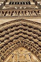 Portal of the Last Judgement, Kings' Gallery and the Virgin with Child statue, West façade, Notre Dame de Paris, 1163 ? 1345, initiated by the bishop Maurice de Sully, Ile de la Cité, Paris, France. Picture by Manuel Cohen