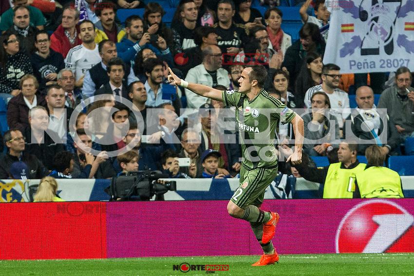 Legia Warszawa's Radoslaw Cierzniak  during the match of UEFA Champions League group stage between Real Madrid and Legia de Varsovia at Santiago Bernabeu Stadium in Madrid, Spain. October 18, 2016. (ALTERPHOTOS/Rodrigo Jimenez) /NORTEPHOTO.COM