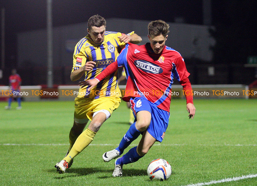 Sean Shields of Dagenham - Dagenham vs Romford 29/10/2013 - MANDATORY CREDIT: Dave Simpson/TGSPHOTO - Self billing applies where appropriate - 0845 094 6026 - contact@tgsphoto.co.uk - NO UNPAID USE