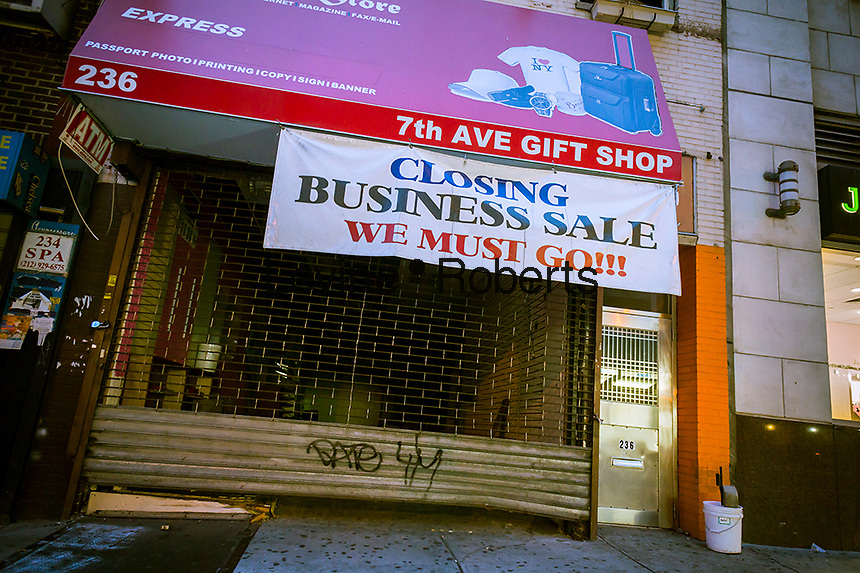 A closed convenience store in the Chelsea neighborhood in New York on Friday, November 22, 2013. (© Richard B. Levine)