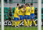 Hibs v St Johnstone...21.01.12.Lee Croft celebrates with his team mates after scoring for saints on his debut.Picture by Graeme Hart..Copyright Perthshire Picture Agency.Tel: 01738 623350  Mobile: 07990 594431