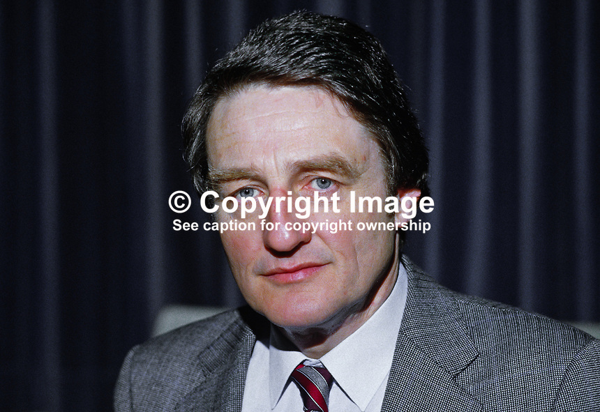Rev Harold Good, Belfast, N Ireland, Methodist minister, member, UK Social Security Advisory Committee, 19850036HG..Copyright Image from Victor Patterson, 54 Dorchester Park, Belfast, UK, BT9 6RJ..Tel: +44 28 9066 1296.Mob: +44 7802 353836.Voicemail +44 20 8816 7153.Skype: victorpattersonbelfast.Email: victorpatterson@mac.com.Email: victorpatterson@ireland.com (back-up)..IMPORTANT: If you wish to use this image or any other of my images please go to www.victorpatterson.com and click on the Terms & Conditions. Then contact me by email or phone with the reference number(s) of the image(s) concerned.