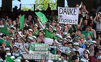 Fussball 1. Bundesliga   Saison  2012/2013   34. Spieltag   1. FC Nuernberg - SV Werder Bremen       18.05.2013 SV Werder Bremen Fans bedanken sich per Plakat bei Ex Trainer Thomas Schaaf; DANKE Thomas!