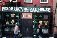 McSorley's Ale House in the East Village of New York. (© Frances M. Roberts)