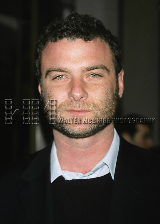 Liev Schreiber pictured at NBC's 25th anniversary of the 30 Rock building in New York City on May 5, 2002.