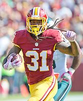 Washington Redskins running back Matt Jones (31) carries the ball for a good gain in the first quarter against the Philadelphia Eagles at FedEx Field in Landover, Maryland on Sunday, October 16, 2016.<br /> Credit: Ron Sachs / CNP /MediaPunch