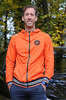 SCHAATSEN: YSBRECHTUM, 23-10-2015,  Team4Gold perspresentatie, Rutger Tijssen, ©foto Martin de Jong