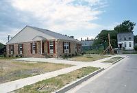 1985 June ..Redevelopment.Huntersville 1&2 (R-70)..BARBERSVILLE...NEG#.NRHA#..