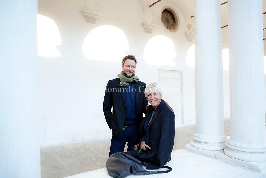 Sebastiano Mauri con la madre Diana a Venezia. Sebastiano Mauri, scrittore e amministratore delegato del gruppo Mauri Spagnol. Venezia, gennaio 2012. © Leonardo Cendamo