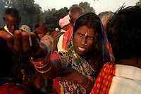 An Indian woman prays to Sun god during Sonepur fair. Bihar, India, Arindam Mukherjee