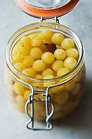 Europe/France/Midi-Pyrénées/82/Tarn-et-Garonne/Moissac: AOC Chasselas de Moissac préparé au vinaigre en condiment