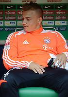 FUSSBALL   1. BUNDESLIGA  SAISON 2012/2013   6. Spieltag   SV Werder Bremen - FC Bayern Muenchen          29.09.2012 Xherdan Shaqiri (FC Bayern Muenchen) sitzt zu Beginn des Spiels auf der Ersatzbank