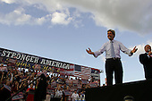 Allentown, Pennsylvania.USA.September 10, 2004..Democratic Presidential hopeful Senator John Kerry arrives at the rally site.