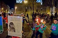 Roma 27 Gennaio 2015<br /> Fiaccolata nella Giornata della Memoria  per commemorare il 70 &deg; anniversario della Liberazione del Campo di Auschwitz  che fu liberato dall'Armata Rossa e in ricordo  dei  dei Rom/Sinti, degli omosessuali, dei disabili e degli ebrei sterminati dai nazisti.<br /> Rome January 27, 2015<br /> Torchlight in Remembrance Day to commemorate the 70th anniversary of the liberation of the Auschwitz camp that was liberated by the Red Army, and in memory of the Roma / Sinti, homosexuals,, the disabled and the Jews exterminated by the Nazis.