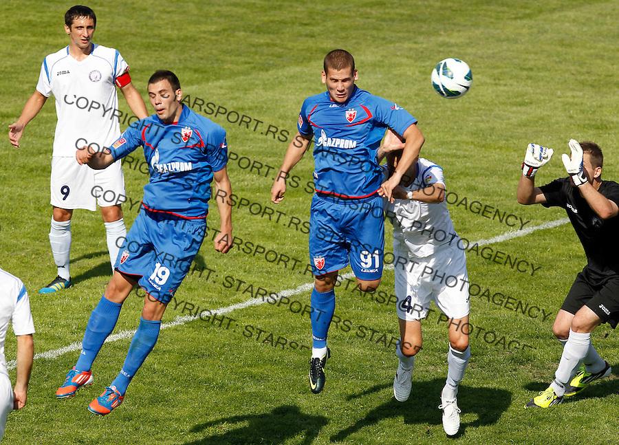 Fudbal Super liga season 2012-2013.Hajduk (Kula) Vs. Crvena Zvezda.Ognjen Mudrinski righ and Luka Milivojevic.Kula, 22.09.2012..foto: Srdjan Stevanovic/Starsportphoto ©