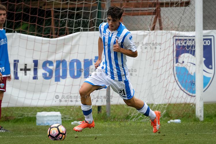 Maloku Leonardo (Pescara) during the withdrawal preseason Serie A; match friendly between Pescara vs San Nicolò, on July 28, 2016. Photo: Adamo Di Loreto/BuenaVista*photo