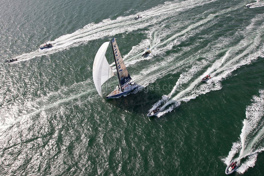 10th August 2011. Cowes. Isle of Wight..Pictures of Artemis Ocean Racing, skippered by record-breaking yachtswoman Dee Caffari, during The Artemis Challenge round the Island race...Aberdeen Asset Management Cowes Week 2011...Credit: Lloyd Images.