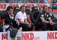 Fussball 1. Bundesliga   Saison  2012/2013   34. Spieltag   1. FC Nuernberg - SV Werder Bremen       18.05.2013 Trainerbank / Ersatzbank des SV Werder Bremen vor dem Spiel; Erstmas ein Werder Spiel seit 14 Jahren, ohne Trainer Thomas Schaaf; Manager Thomas Eichin, Trainer Wolfgang Rolff und Co-Trainer Matthias Hoenerbach (v.li.)