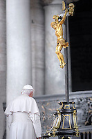 Pope Benedict XVI general audience on Setember 22, 2010 in St Peter's square at the Vatican
