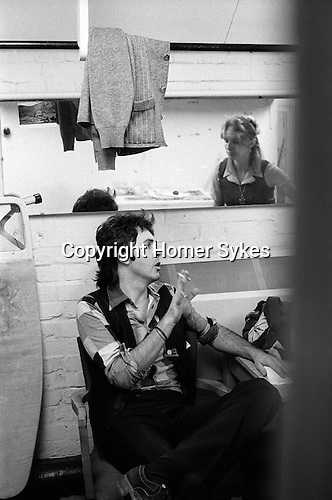 Paul and Linda McCartney Wings Tour 1975. Paul and Linda in the band rehersal studio dressing room Elstree, London..