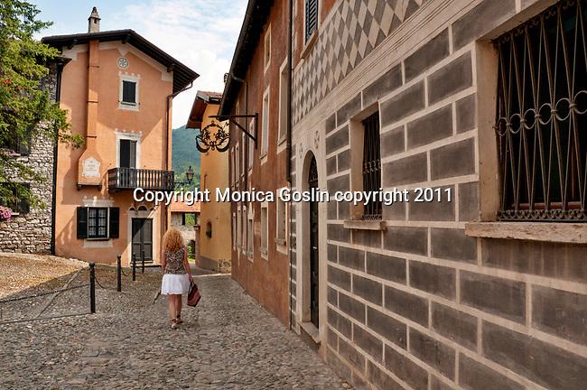 Walking through the small mountain town of Cardano, near Lake Como, Italy