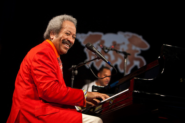 Legendary New Orleans musician Allen Toussaint performs on the WWOZ Jazz Tent Stage on Day 6 at the New Orleans Jazz and Heritage Festival at the New Orleans Fair Grounds Race Course in New Orleans, Louisiana, USA, 1 May 2010.