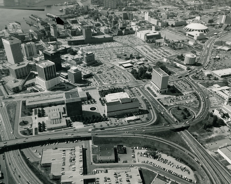 UNDATED..Redevelopment.Downtown North (R-8)..View looking West at Downtown Norfolk.Financial District on left.17 acres site center.Norfolk Scopr upper right...NEG#.NRHA#..