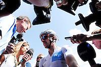 Picture by Simon Wilkinson/SWpix.com - 23/07/2016 - Cycling Tour de France Stage - 20, Megeve to Morzine - Adam Yates