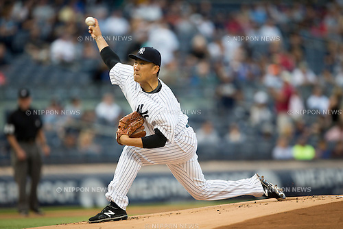 Masahiro Tanaka (Yankees),<br /> JULY 17, 2015 - MLB :<br /> Masahiro Tanaka of the New York Yankees pitches during the Major League Baseball game against the Seattle Mariners at Yankee Stadium in the Bronx, New York, United States. (Photo by Thomas Anderson/AFLO) (JAPANESE NEWSPAPER OUT)