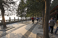Path along shore of Kunming Lake, Summer Palace, Beijing, China, Asia