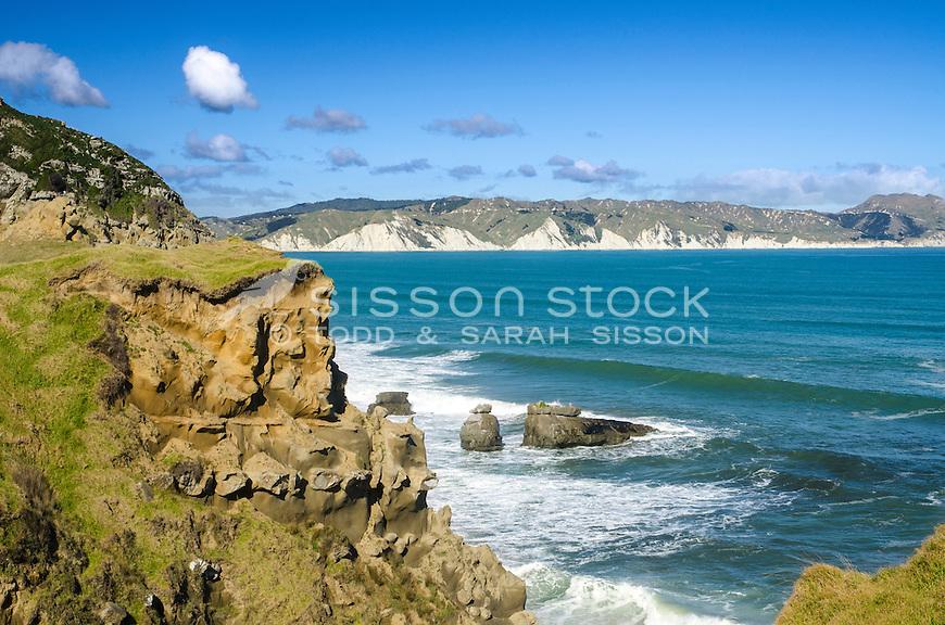 Surf waves & cliffs - Mahia Peninsula, Hawkes Bay. North Island New Zealand.