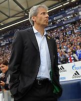 FUSSBALL   1. BUNDESLIGA   SAISON 2011/2012    4. SPIELTAG FC Schalke 04 - Borussia Moenchengladbach             28.08.2011 Lucien FAVRE (Borussia Moenchengladbach)