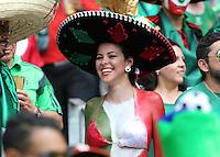 Lady Mexico Fan