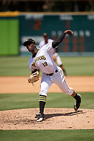 Bradenton Marauders starting pitcher Taylor Hearn (12) delivers a pitch during a game against the Charlotte Stone Crabs on April 9, 2017 at LECOM Park in Bradenton, Florida.  Bradenton defeated Charlotte 5-0.  (Mike Janes/Four Seam Images)