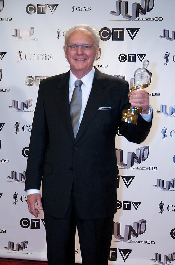 Fred Sherratt, winner of the 2009 Walt Grealis Special Acheivement Award, poses on the media wall, Saturday March 28th, 2009, at the Westin Bayshore Hotel in Vancouver.  (Scott Alexander/pressphotointl.com)
