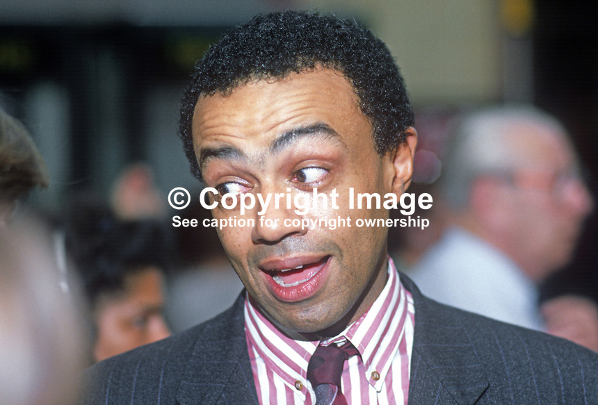 Paul Boateng, MP, Labour Party, Brent South, UK, 19901006003..© Victor Patterson, 54 Dorchester Park, Belfast, N Ireland. Tel: +44 2890661296; Mobile: +44 7802 353836; Emails: victorpatterson@me.com & victorpatterson@gmail.com; www.victorpatterson.com