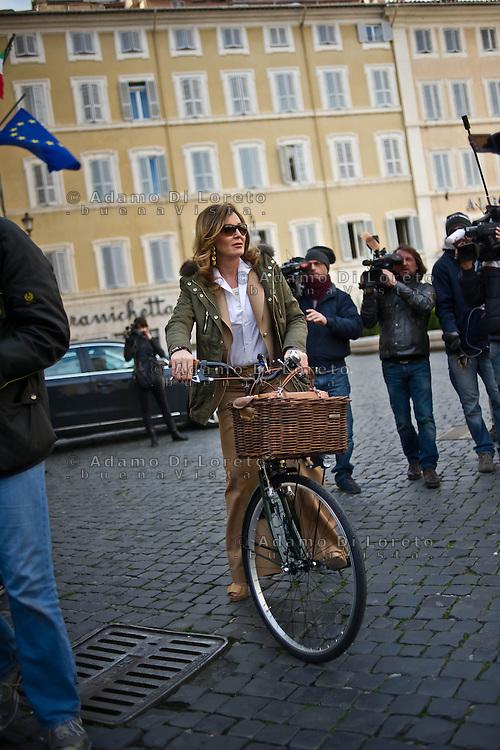 ROMA 15/03/2012: Inizia la XVII Legislatura della Repubblica Italiana. L'ingresso degli Onorevoli a Montecitorio. Nella foto  Daniela Santanche'  PDL FOTO DI LORETO ADAMO