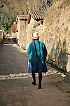 Americas, South America, Peru, Ollanta.  Quechuan woman on an Incan street of Ollanta.