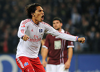 FUSSBALL   1. BUNDESLIGA   SAISON 2011/2012    11. SPIELTAG Hamburger SV - 1. FC Kaiserslautern                          30.10.2011 Paolo GUERRERO (Hamburg) bejubelt seinen Treffer zum 1:1