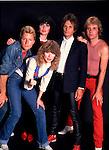 Heart 1982 Mark Andes, Ann Wilson, Nancy Wilson, Danny Carmassi, Howard Leese.