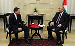 Palestinian Prime Minister Rami Hamdallah meets with Secretary-General of the British Labor Party, Ian Mcneishul, in the West Bank city of Ramallah on March 29, 2017. Photo by Prime Minister Office