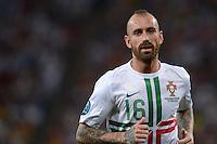 FUSSBALL  EUROPAMEISTERSCHAFT 2012   HALBFINALE Portugal - Spanien                  27.06.2012 Raul Meireles (Portugal)