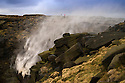 2015_01_11_KINDER_DOWNFALL_BLOWS_UP