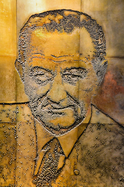Lbj bas relief mural of lyndon johnson at presidential for Bas relief mural