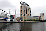 UK. Manchester. Salford Quays. New developments in Salford Quays as part of the multi-million pound regeneration of the old industrial areas..Photo©Steve Forrest/Workers Photos
