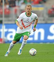 FUSSBALL   1. BUNDESLIGA  SAISON 2011/2012   6. Spieltag 1 FC Nuernberg - SV Werder Bremen         17.09.2011 Andreas Wolf (SV Werder Bremen)