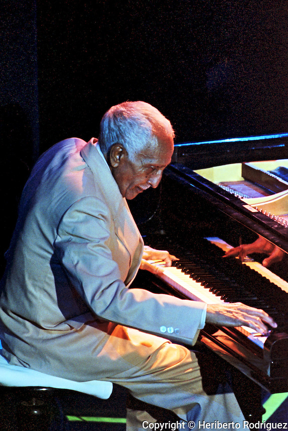 Ruben González Pianista